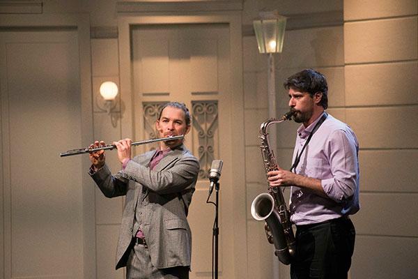 Os instrumentistas Rodrigo Y Castro e César Roversi participam do episódio sobre Pixinguinha