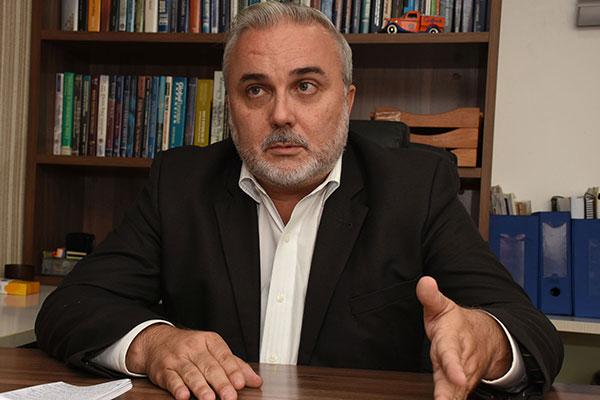 Jean-Paul Prates vai disputar a Prefeitura do Natal
