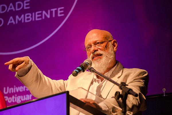 Filósofo Luiz Felipe Pondé participou da abertura do XX Congresso Científico da UnP