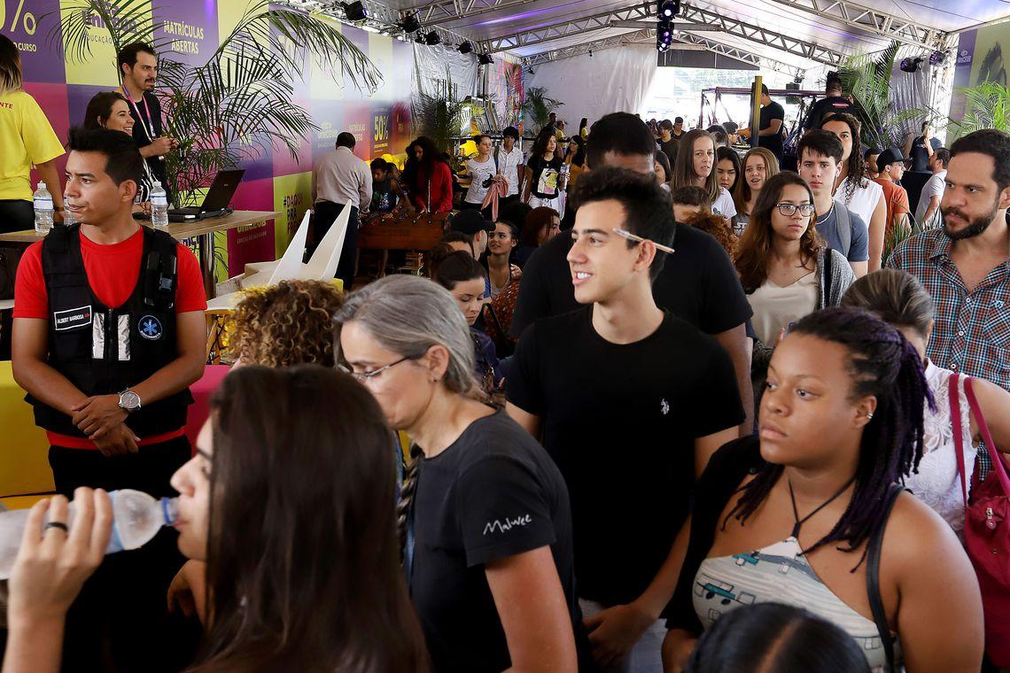 Estudantes fizeram prova do Enem em todo o Brasil