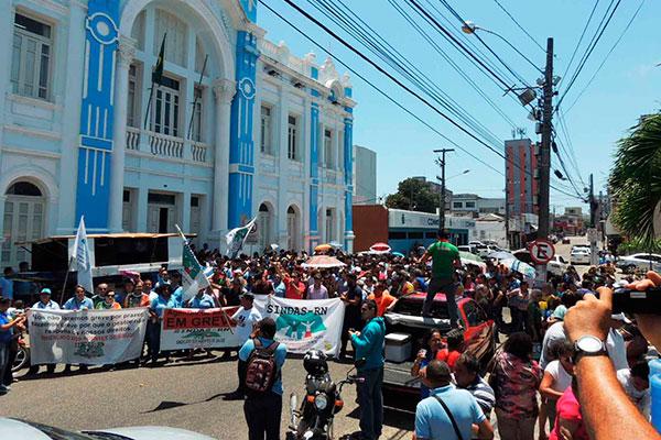 Agentes fizeram mobilizações na última semana de outubro e voltam a fazer protestos hoje