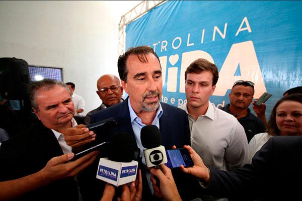 Ministro da Saúde, Gilberto Occhi, disse durante cerimônia de anúncio de recursos em Petrolina (PE) que prorrogaria as inscrições para o Mais Médicos.