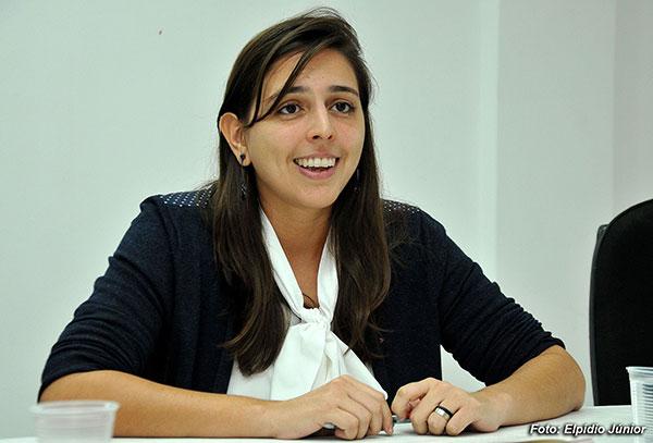 Natália Bonavides negou haver doações de pessoa morta