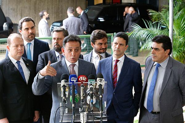 Líder do PSDB na Câmara, Nilson Leitão afirma que o partido não precisa entrar no governo
