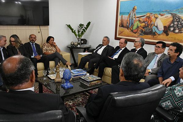 Governadora eleita, Fátima Bezerra participou de reunião com os desembargadores do TJ-RN