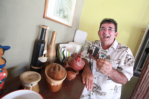 Oscar Raposo lembra os tempos do Vila Negra e o famoso balcão com sua caixa-registradora antiga, que depois virou decoração do restaurante Camarões