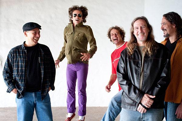 Blues Etílicos estará na sexta-feira, às 22h30, no palco da Praça do Pescador