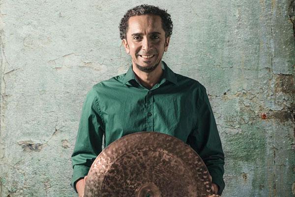 Renomado baterista potiguar Di Stéfano relembra lugares que marcaram o início de sua carreira