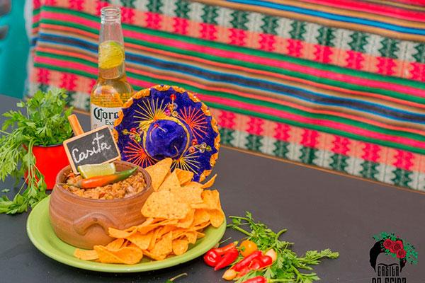 Guacamole tem versões com carne, frango e camarão
