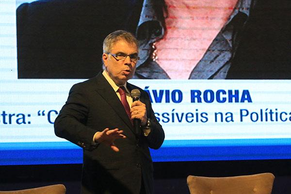 Flávio Rocha, presidente das Lojas Riachuelo, integrou comitiva que se reuniu com Paulo Guedes