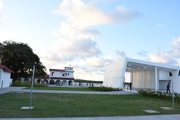 Complexo compreende Museu da Rampa e Memorial do Aviador, além de lojas, café e mirante