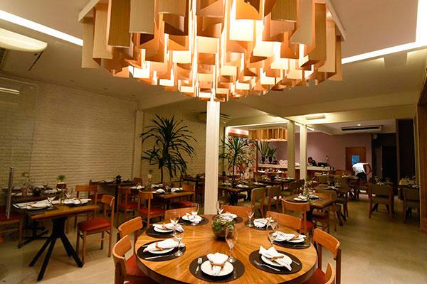 Durante o período do projeto, o Cascudo Bistrô, em Petrópolis, ficará de recesso de 31/12 a 10/01, quando reabre a elegante casa aos clientes
