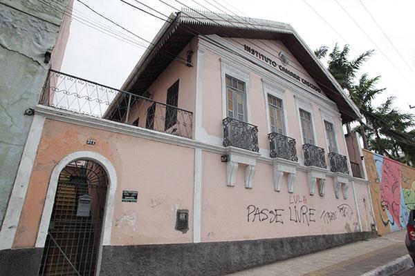Na Avenida Câmara Cascudo, Cidade Alta, a casa onde Cascudo viveu grande parte de sua vida