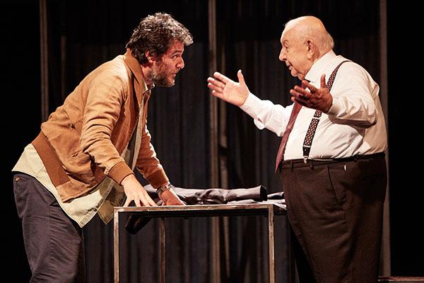 Rodrigo Lombardi e Sérgio Mamberti conduzem o drama familiar