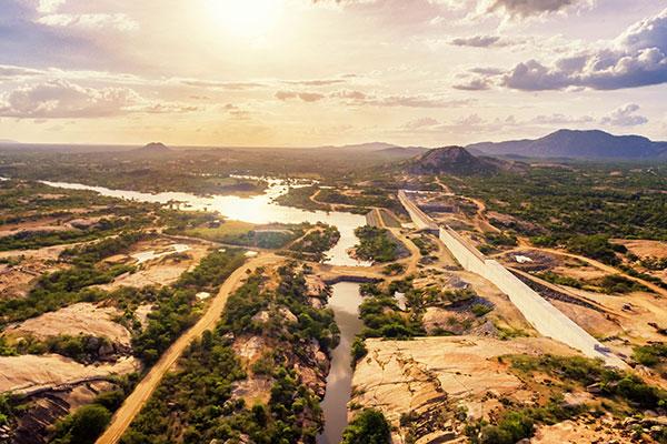 Instrumento para mitigação dos efeitos da seca no Seridó potiguar, a barragem de Oiticica, importante para a transposição, precisa ficar pronta este ano