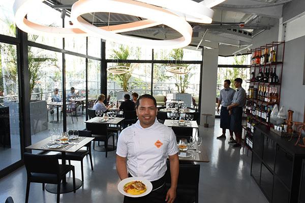 Chef consultor Leonardo Campos elaborou o menu do espaço