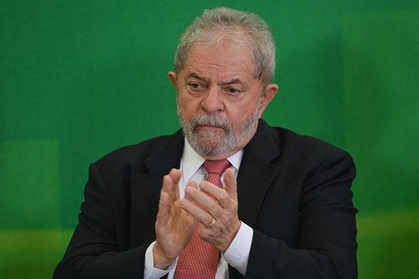 Ex-presidente Lula voltou a reafirmar que o sítio de Atibaia não é seu