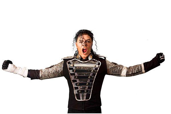 Rodrigo Teaser volta aos palcos natalenses para celebrar mais uma vez a vida e a obra de Michael Jackson