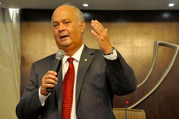 Augusto Viveiros destacou o planejamento financeiro como estratégia para redução de custos
