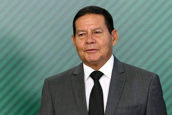 Com Bolsonaro em Davos, o vice General Mourão é o presidente em exercício do Brasil