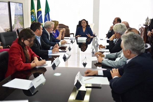Resultado de imagem para Fátima e bancada federal vão pedir audiência com Bolsonaro