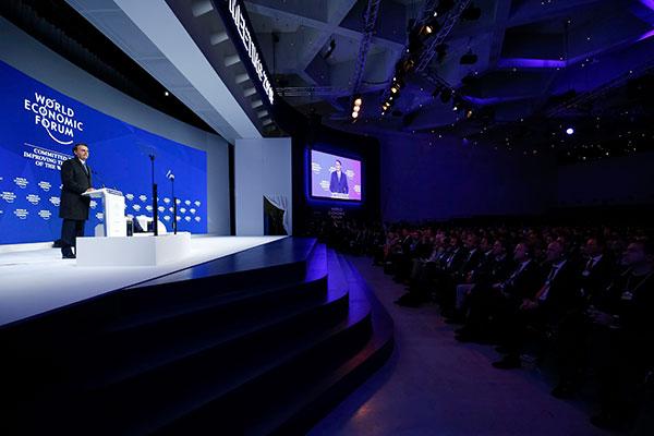 Jair Bolsonaro abriu os discursos no palco principal do Fórum Econômico Mundial, em Davos; fala dividiu opiniões de participantes