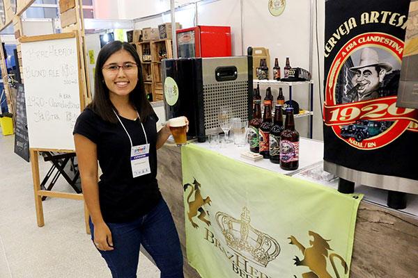Daniela Varela é mestre cervejeira da marca 1920