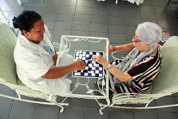 Prestação de serviços pessoais, como cuidador de idosos, instalação e manutenção elétrica, entre outros, deverão crescer em 2019