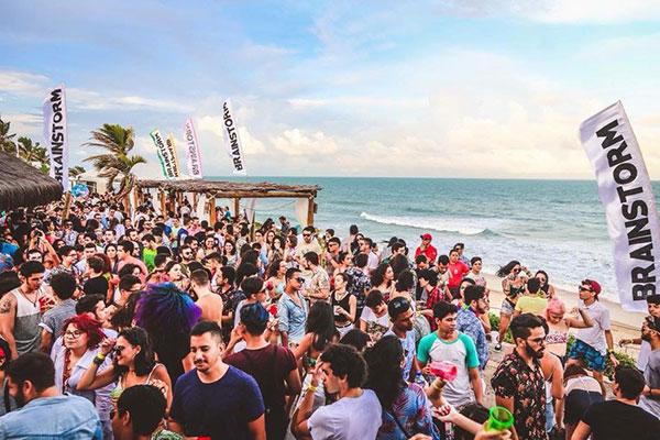 Festa Brainstorm deixa a praia para festejar à beira do Potengi