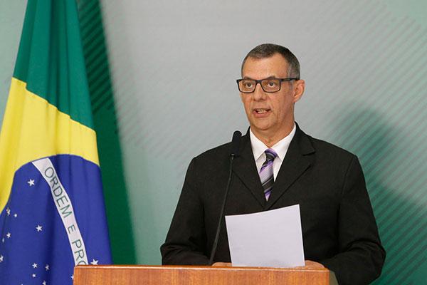 Otávio do Rêgo Barros informa sobre o boletim médico