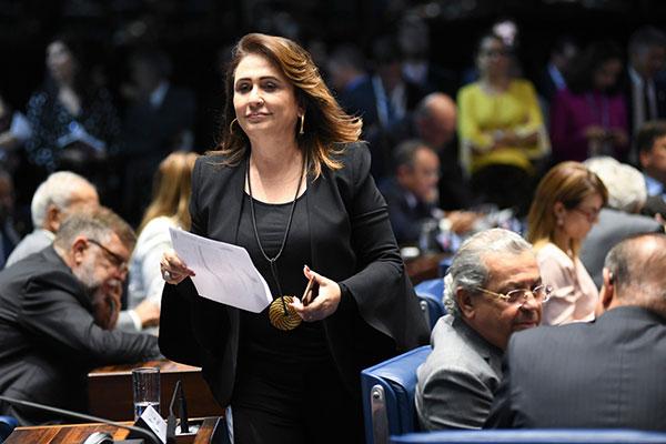 Senadora Kátia Abreu desistiu de assinar a Comissão Parlamentar de Inquérito para apurar decisões dos Tribunais Superiores