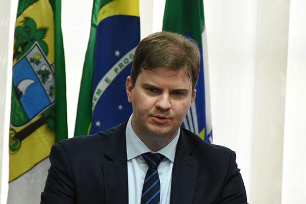 Ministro do Desenvolvimento Regional, Gustavo Canuto reconhece que não há disponibilidade de verbas suficientes