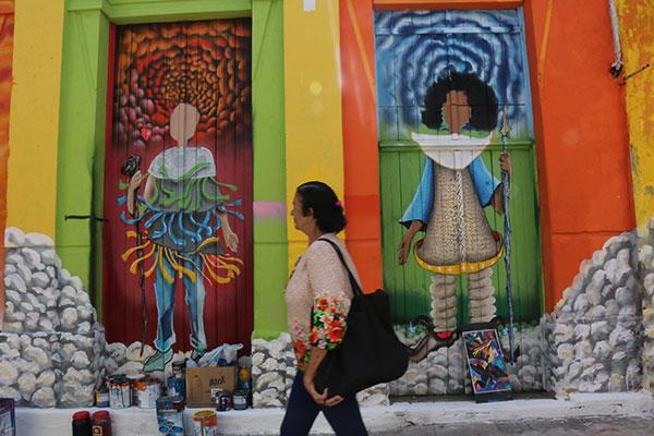 Quem vive e circula pelo logradouro tem a oportunidade de conhecer, na prática, o quanto a arte urbana é capaz de renovar espaços públicos