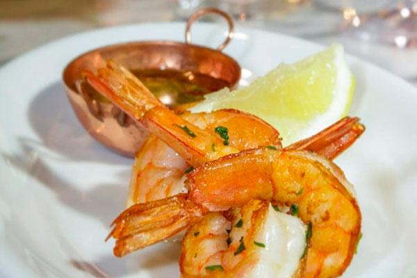 Proposta do Cicchetti é oferecer o menu em várias porções