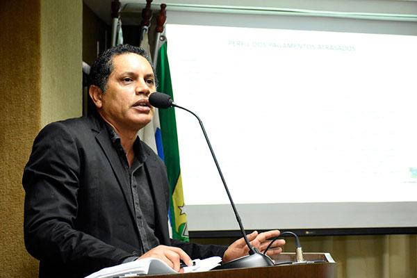 Secretário adjunto da Searh, José Ediran Magalhães, aponta dificuldades para implantar reajustes
