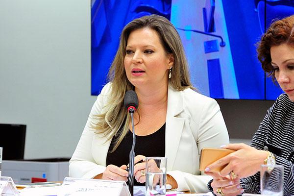 Joice Hasselmann afirma que Bolsonaro está disposto a dialogar