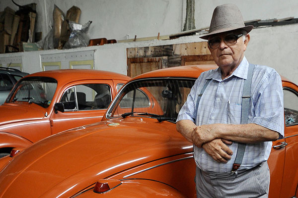 """O empresário Aurino Araújo observou o vai e vem da famosa ladeira, que por mais de 40 anos levou o """"apelido"""" de sua empresa"""