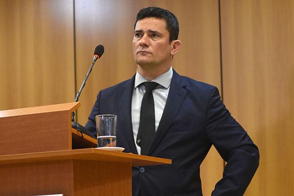 Sérgio Moro sinaliza que não aceitaria substituir secretários