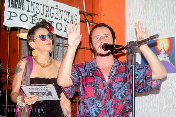 Civone e Thiago Medeiros participam de leituras poéticas no final da tarde, no Café Salão