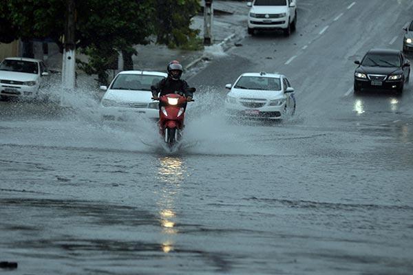 Apesar do registro de fortes chuvas no Estado, índice pluviométrico ainda ficou abaixo da média do período. Emparn mantém previsão de bom inverno