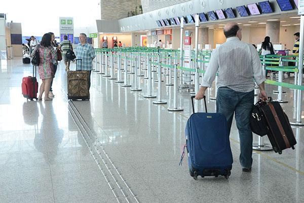 Custo médio das passagens aéreas no Rio Grande do Norte, conforme a ANAC, ficou em R$ 455,65 - muito acima da média nacional