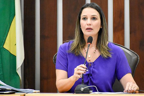 Cristiane Dantas defende que a Assembleia solicite informações