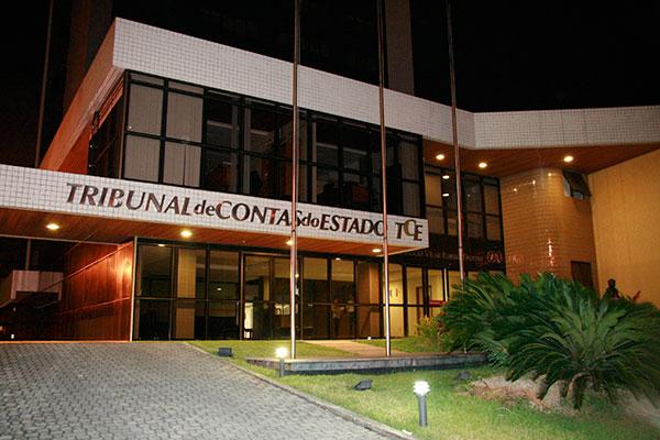 Segundo levantamento do TCE/RN com contratos temporários são gastos por mês pelas prefeituras R$ 43 milhões. Dados serão utilizados em fiscalizações