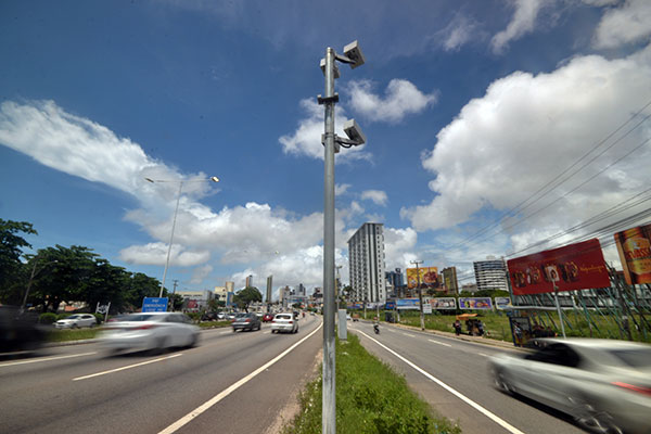 Resultado de imagem para radares nas rodovias federais