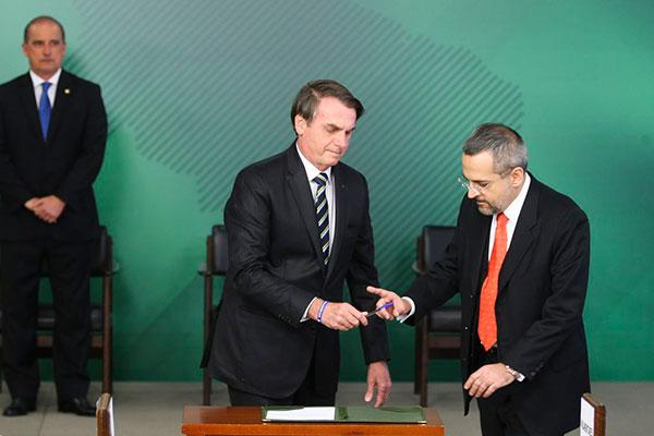 Apoiador de Bolsonaro e braço direito de Lorenzoni, Weintraub assume Ministério da Educação