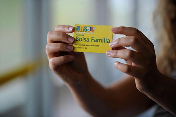 No RN, até março deste ano, 358.057 famílias foram beneficiadas com o Bolsa Família e o valor pago foi de R$ 66,4 milhões