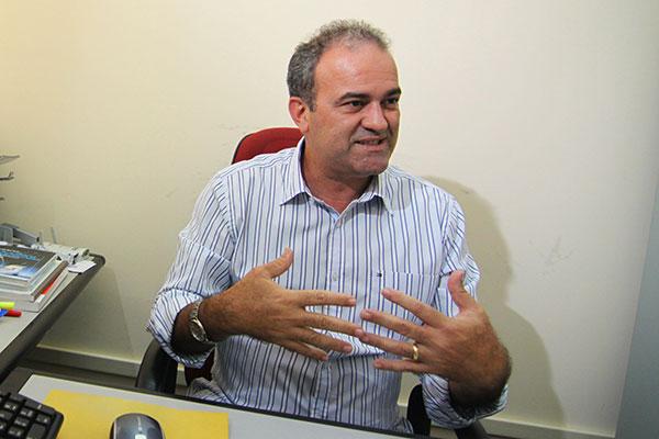 Rubens Ramos,professor da ufrn, especialista em transportes