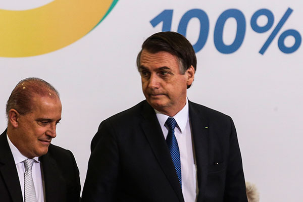 Por determinação do presidente Bolsonaro, Petrobras suspendeu reajuste anunciado no diesel