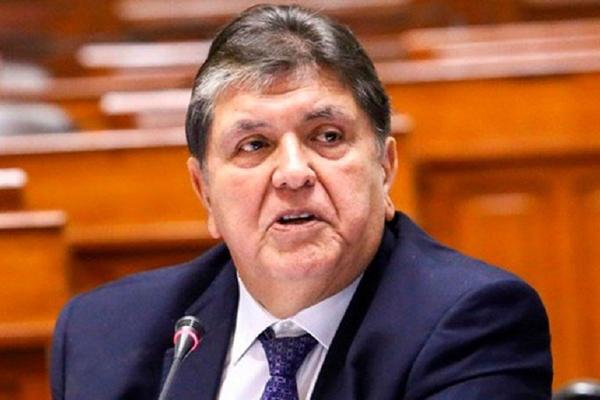 O ex-presidente do Peru, Alan García, é acusado de corrupção e lavagem de dinheiro