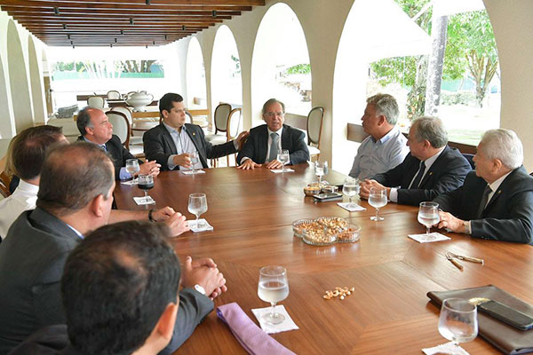 Paulo Guedes se reuniu na tarde de ontem com o presidente do Senado, Davi Alcolumbre, em Brasília